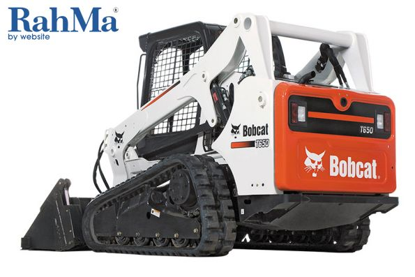 bobcats-new-rear-view-camera-brings-loader-blind-spots-into-clear-view/