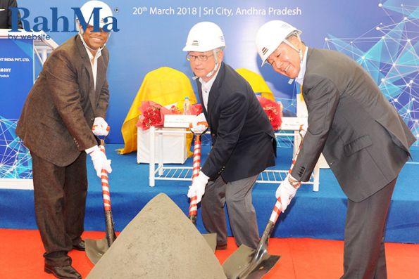 کوبلکو ظرفیت کارخانه تولید بیل مکانیکی خود را گسترش میدهد