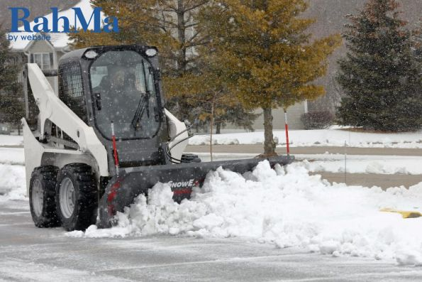 برف روب های SnowEx به اسکید استیر متصل می شوند