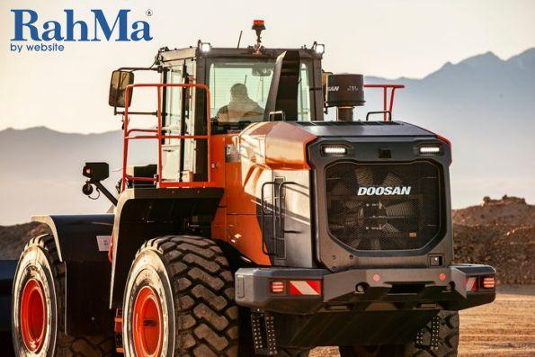 عرضه لودرهای چرخدار سری جدید دوسان مدل DL-7
